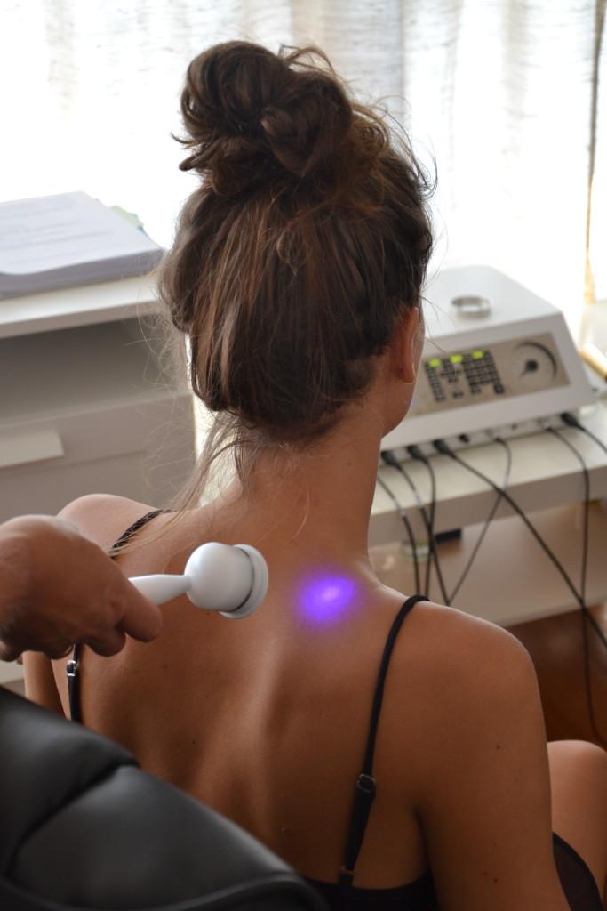 Leczenie bólu kręgosłupa aparatem MORA 5 w Instytucie Sztuki Zdrowia - Warszawa Trębacka 3 lok. 50 (Śródmieście/Centrum)